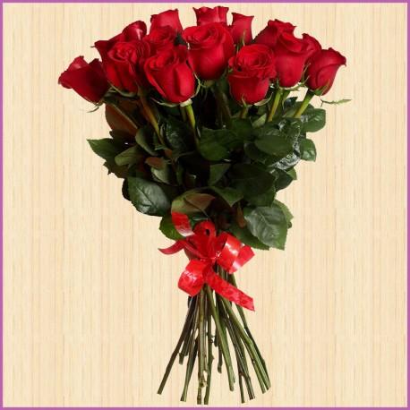 Букет из 25 потрясающих роз