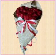 Букет из 15 роз в упаковке Крафт
